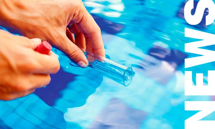 Medir salinidad del agua de la piscina